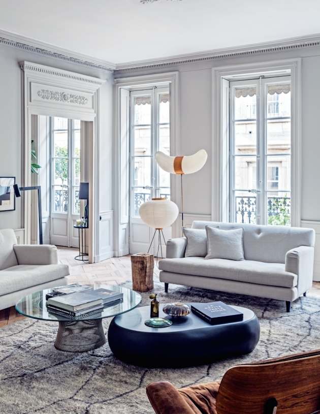 mouldings-french-apartment-photo-felix-forest