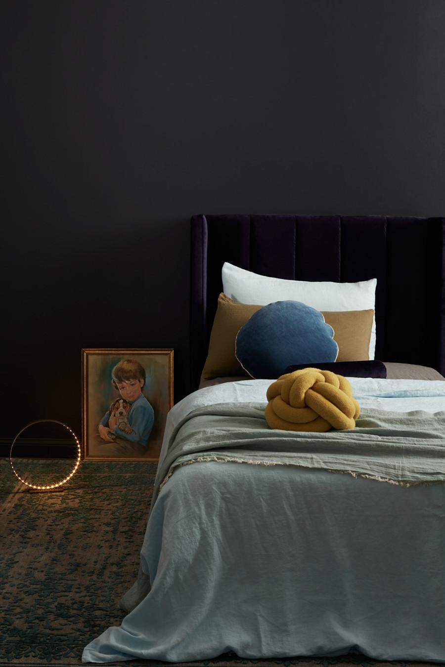 Incy-Interiors-deep-purple-bedhead