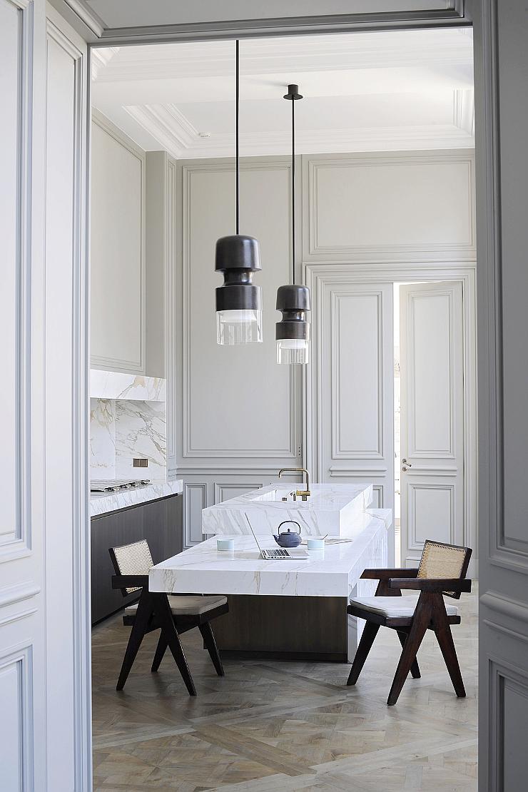 Paris-apartment-by-joseph-dirand-1