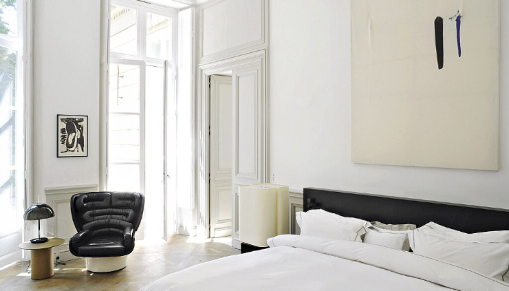 Paris-apartment-by-joseph-dirand-8