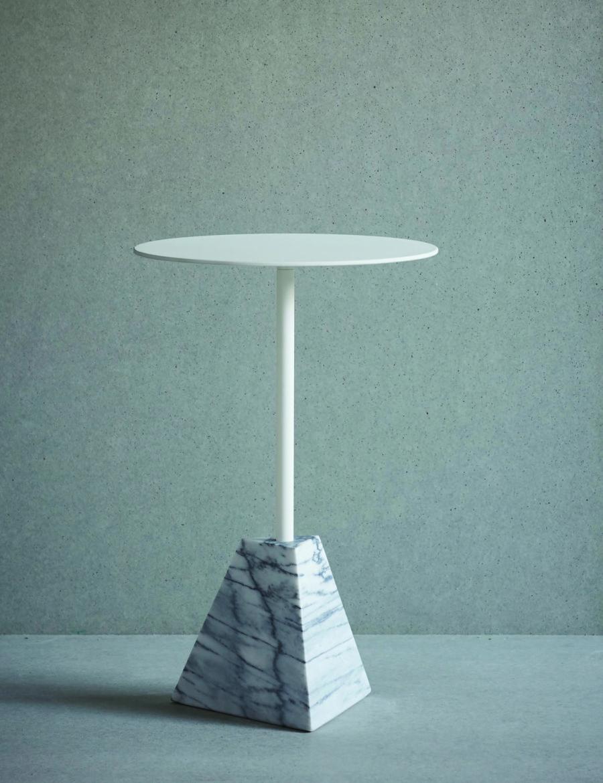 naturallight-knockout-whitepyramid-300dpi-cmyk